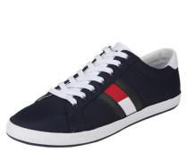Sneaker 'essential'