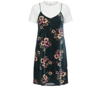 Detailreiches Kleid mit kurzen Ärmeln