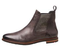 Schuhe mit Lasche