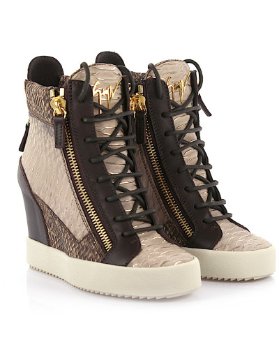 giuseppe zanotti damen giuseppe zanotti wedge sneaker devon lamay lorenz 75 phyton look leder. Black Bedroom Furniture Sets. Home Design Ideas