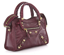 Handtasche Schultertasche Mini City Gold Leder Vintage bordeaux Design-Nieten