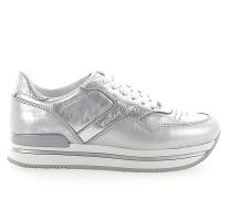 Sneaker low Glattleder Kalbsleder Finished Logo