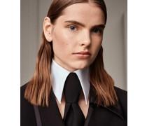 Kragen und Krawatte
