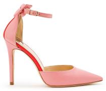 Spitze Schuhe mit Riemchen