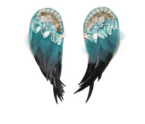 Ohrringe mit gestickten Flügeln