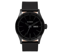 The Sentry Leather All Black Uhr A105001
