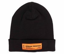 Mütze mit Logoetikett