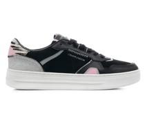 "Sneakers ""Low Top Off Court"""