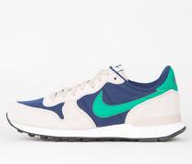 Nike Wmns Internationalist - Binary Blue / Stadium Green - Oatmeal - Sail