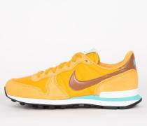 Nike Wmns Internationalist - Gold Leaf / Hazelnut - Barely Green