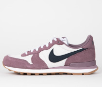 Nike Wmns Internationalist - Taupe Grey / Armory Navy - Light Orewood Brown