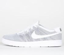 Nike Tennis Classic Ultra Flyknit - Wolf Grey / White