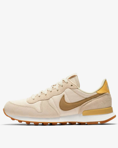 Nike Wmns Internationalist - Particle Beige / Summit White - Smokey Mauve