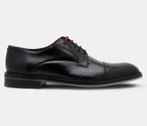 Derby-Schuhe mit Lederkappe