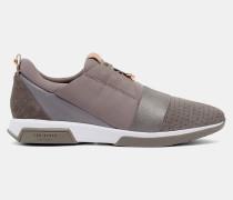 Sneakers Mit Wildlederborte Und Riemendetail