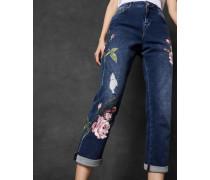 Bestickte Boyfriend-Jeans