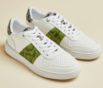 Sneakers mit Schlangenprägung