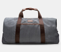 Große Reisetasche mit zwei Rollen