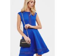 Kleid mit Netz-Detail