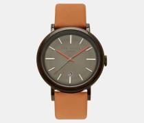 Uhr mit Lederarmband und geätzten Details