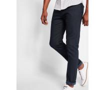 Überfärbte Jeans im Tapered-Fit