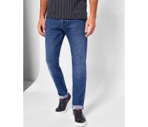 Mittelblaue Jeans mit geradem Bein