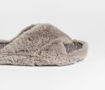 Faux Fur Cross Over Slippers