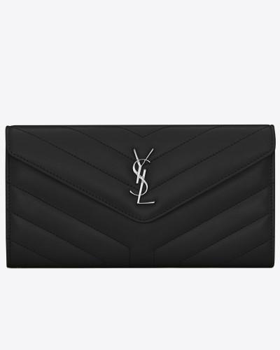 großes loulou portemonnaie aus schwarzem glanzleder mit y-steppnähten und klappe
