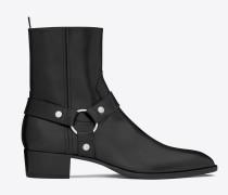 klassischer stiefel wyatt 40 aus schwarzem leder mit riemen