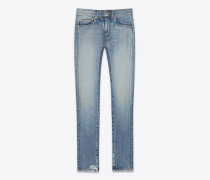 original eng geschnittene jeans mit mittlerer leibhöhe aus hellblauem vintage-denim.