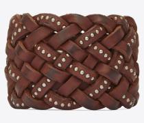 anliegendes marrakech armband aus geflochtenem braunem leder mit nieten