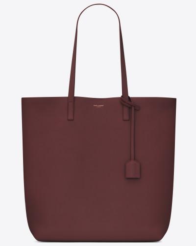 shopping bag aus dunkelrotem leder