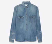 western-hemd aus hellblauem trash-denim im look der 70er mit abgenutzter optik