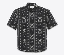 Hemd aus schwarzem Baumwollvoile mit Ikatprint und Yves-Kragen