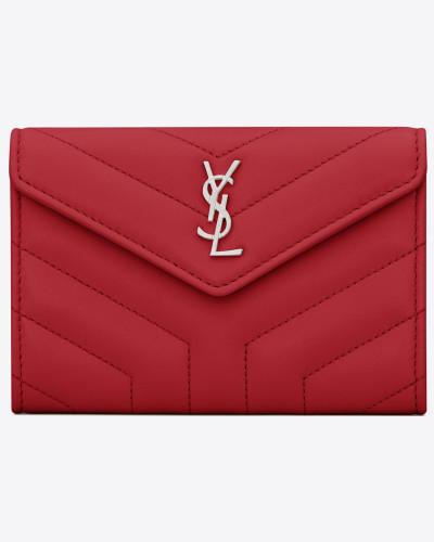 Kleines LOULOU Umschlagportemonnaie aus rotem Glanzleder mit Steppnähten