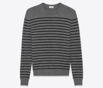 klassischer pullover mit rundhalsausschnitt aus mittelgrau meliertem und schwarzem kaschmir mit streifenmuster