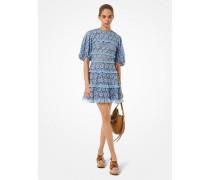 Kleid aus Schnurgebundener Spitze  mit Rüschen