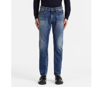 Straight Tapered-Jeans