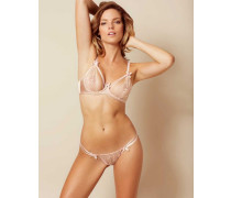 Tanya Thong In Nude With Lace & Strappy Styling