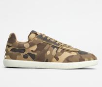 Tabs Sneakers aus Nubukleder