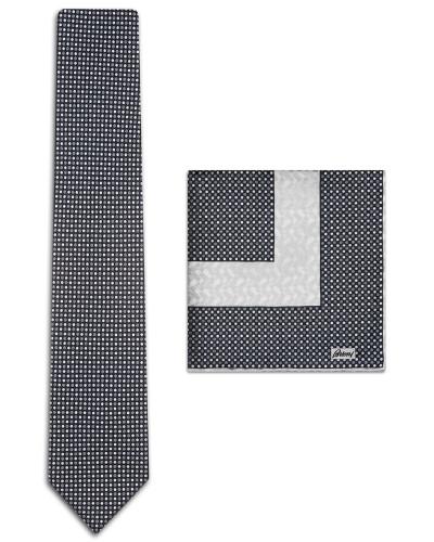 Einstecktuch und Krawatte