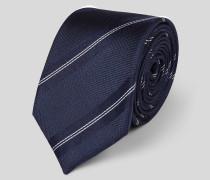 Schmale Krawatten aus Seide