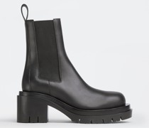 Lug Chelsea Boots