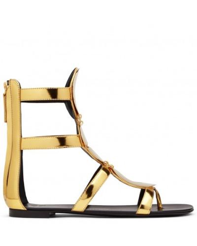 Giuseppe Zanotti Damen Gold patent leather sandal with accessory RYLEE Rabatt Breite Palette Von Yg3OxF