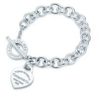 Armband mit Herzanhänger und Knebelverschluss in Sterlingsilber