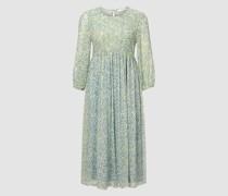 Kleid mit Smock-Einsatz