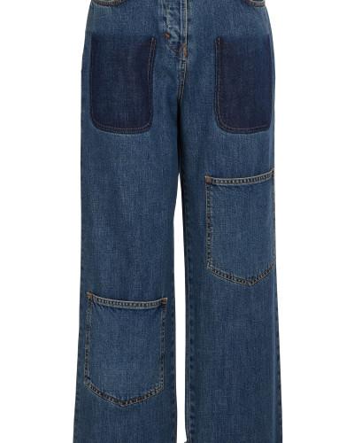 Jeans mit dunklen Taschen