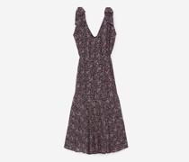 langes Kleid und Punkt-Muster