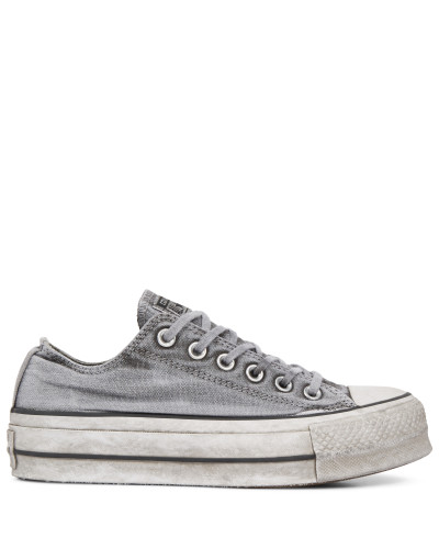 Chuck Taylor All Star Lift Smoked Canvas Low Top Grey