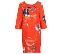 Sommerliches Kleid im floralen Design